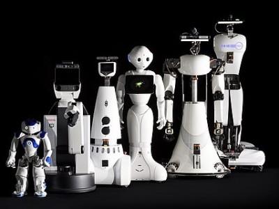 Industrieroboter werden flexibler dank Fußball- und Pflege-Roboter