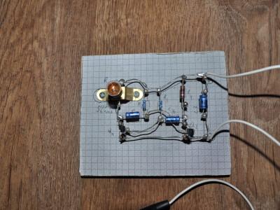 Electronique à clous - Photo_1
