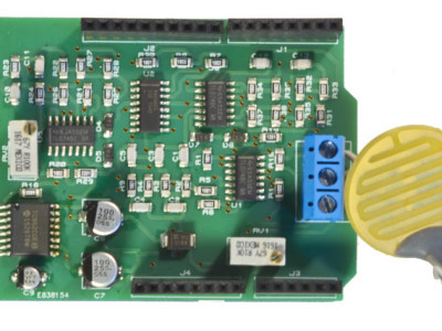 Photography of the circuit shield with its probe