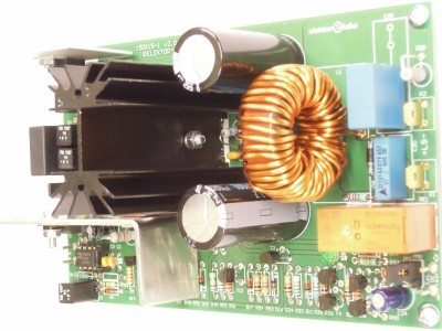 Side view on the output of the 200W Class-D Audio Power Amplifier 150115-1 v2.1