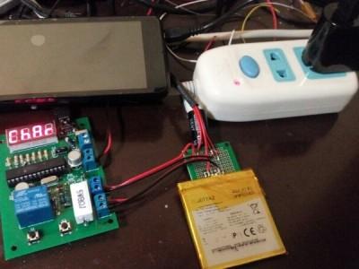 Test bench for battery inside an equipment: