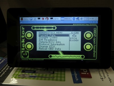 "HHEmu OBD2 software started with OBD2-Analyser NG background image on 7"" touchscreen"