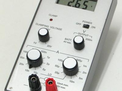 Adjustable DC current source with integrated hi-z DVM [130287-I]