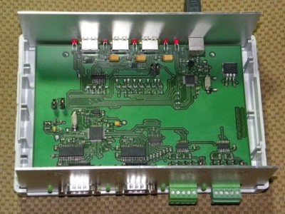 4-Channel USB-to-Serial Converter + 3-Port USB Hub [140033]