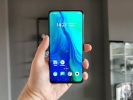 Review: Oppo Reno - uniek design met schuine pop-up camera