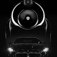 Bowers & Wilkins in zee met Maserati
