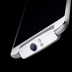 Oppo-smartphone heeft kantelbare camera