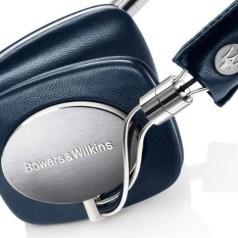 B&W bouwt Maserati-hoofdtelefoon en -speakers