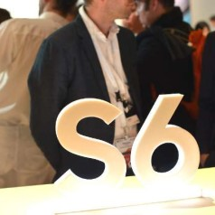 Galaxy S6 daagt opnieuw de iPhone uit
