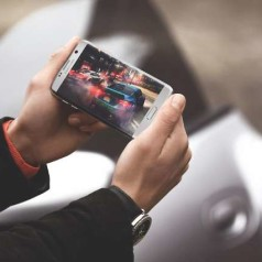 Nieuwe waterdichte Galaxy S7 behoudt curve