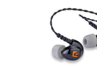 Westone propt vier drivers in in-ear hoofdtelefoon