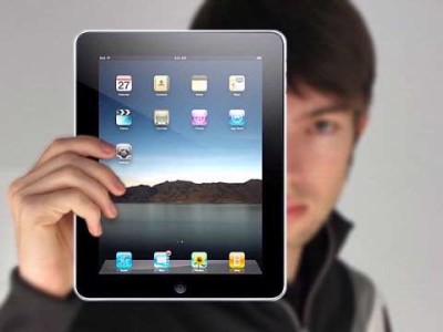 In het derde kwartaal van 2010 waren bijna negen op de tien verscheepte tablets afkomstig van Apple.
