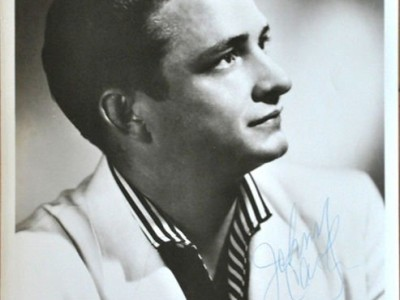 Review: Johnny Cash – Greatest Hits: The Sun Records Years (LP)
