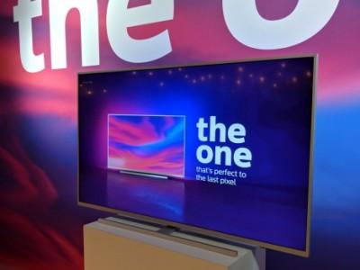 Video: Philips The One (PUS7304) en Philips PUS8804-serie uitgelicht