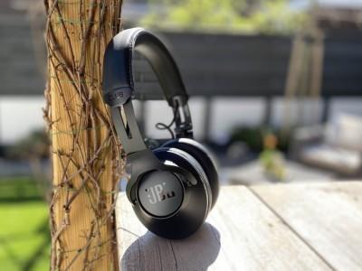 Review: JBL Club One hoofdtelefoon met True Adaptive Noise Cancellation