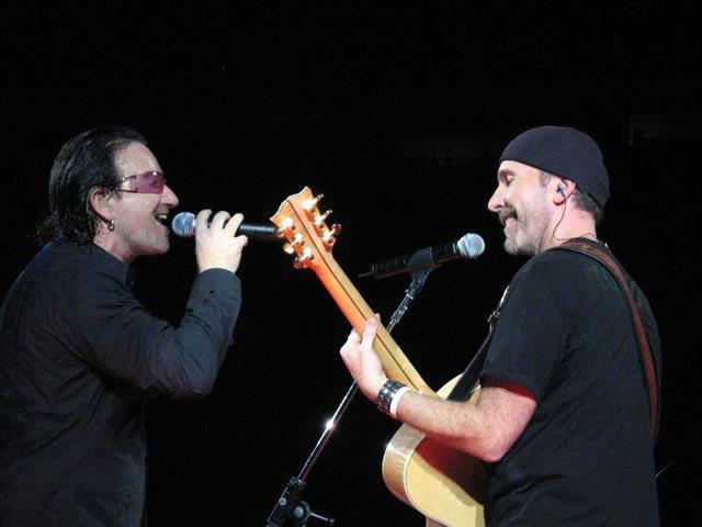 Platenmaatschappij Universal is zelf schuld aan het lekken van het nieuwe U2-album No Line On The Horizon.