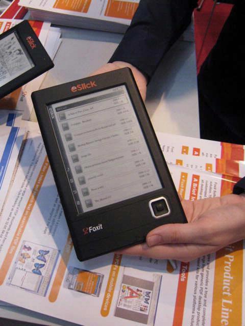 De Foxit Eslick Reader lijkt bijzonder veel op zijn concurrenten, maar biedt wel een scherpe prijs.