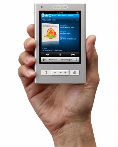 De nieuwe Sonos CR200 Controller deelt heel wat kenmerken met de iPhone.