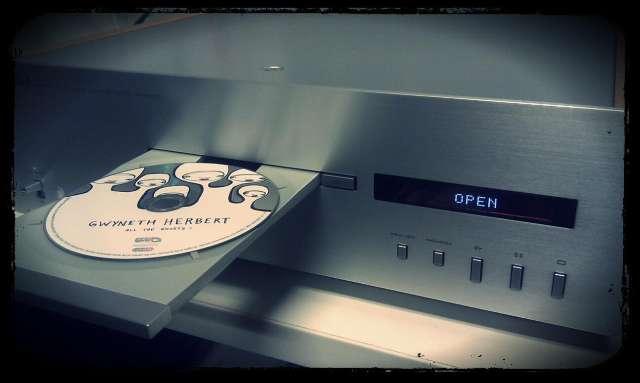 Grote muzieklabels willen af van CD tegen eind 2012