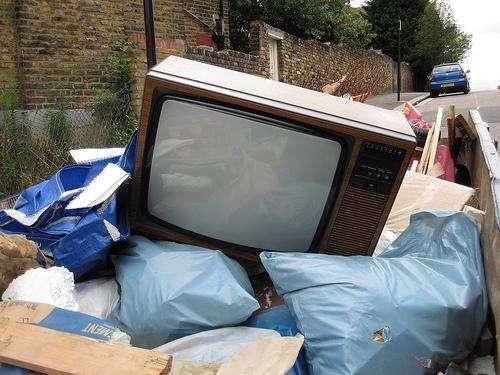 Telenet schrapt analoge televisiezenders. beeld: Flickr / withassociates