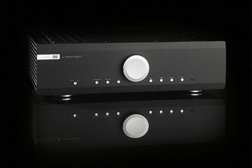 De M6i is een geïntegreerde stereoversterker die de A5.5 vervangt in de line-up van Musical Fidelity.