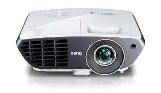 BenQ W710ST: Home Cinema projector met short-throw lens