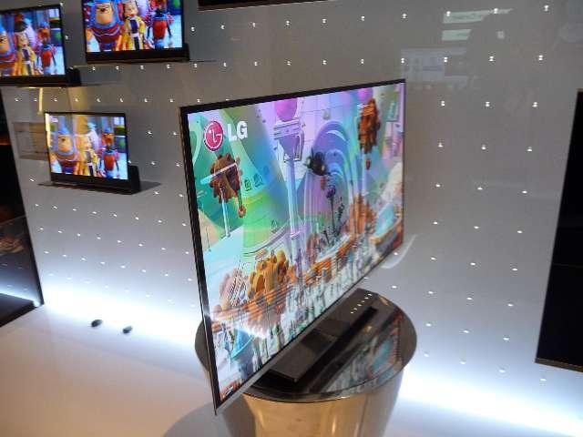 Een 30-inch prototype OLED scherm van LG op IFA 2010