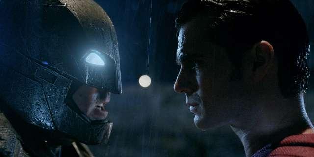 Trailer voor Batman v Superman