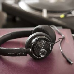 Nieuw: Philips Fidelio M2L