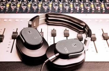 Austrian Audio Hi-X65: open dynamische hoofdtelefoon voor geluidstechnici en audiofielen