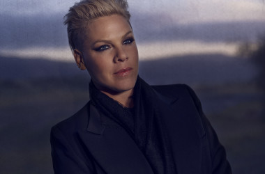 Review: PINK - All I Know So Far: Setlist (cd)